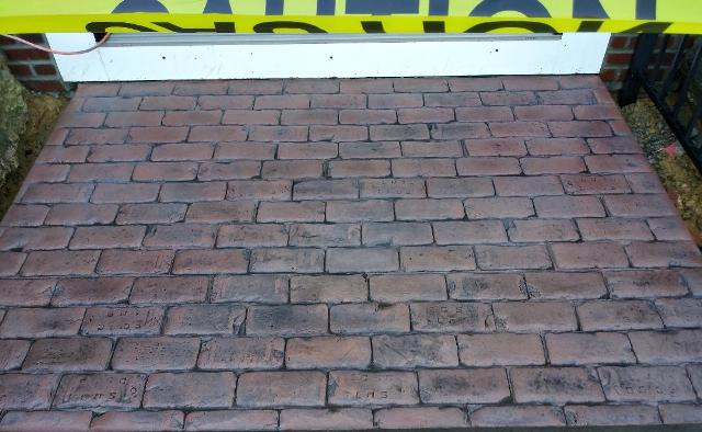 Old World Brick in Charcoal Antigue