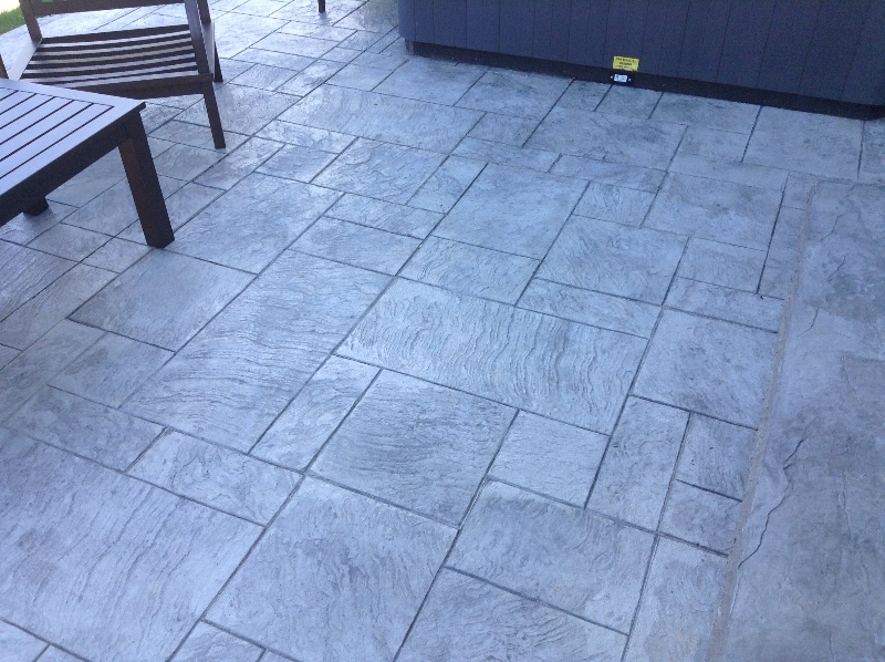 Royal Ashlar.  Custom blend. Slate green and classic grey with charcoal release
