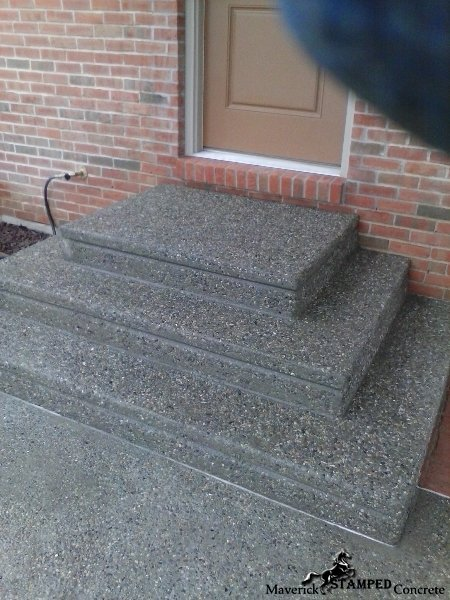exposed aggregate  front steps